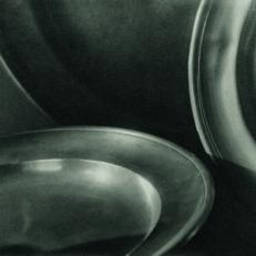 Jaromír Funke, Talíře (varianta se třemi talíři), 1923 © Miloslava Rupešová