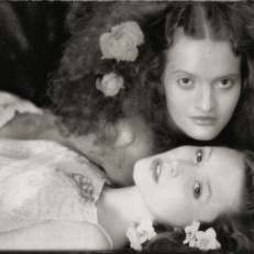Zdenka,Tereza, Elle 2000, Robert Vano
